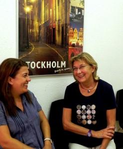 Dea y Amanda, madre e hija. Dos generaciones de profesoras de sueco en total, más de 50 años de experiencia en la misma casa.