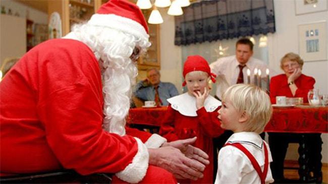 finlandia-joulupukki-vieraisilla