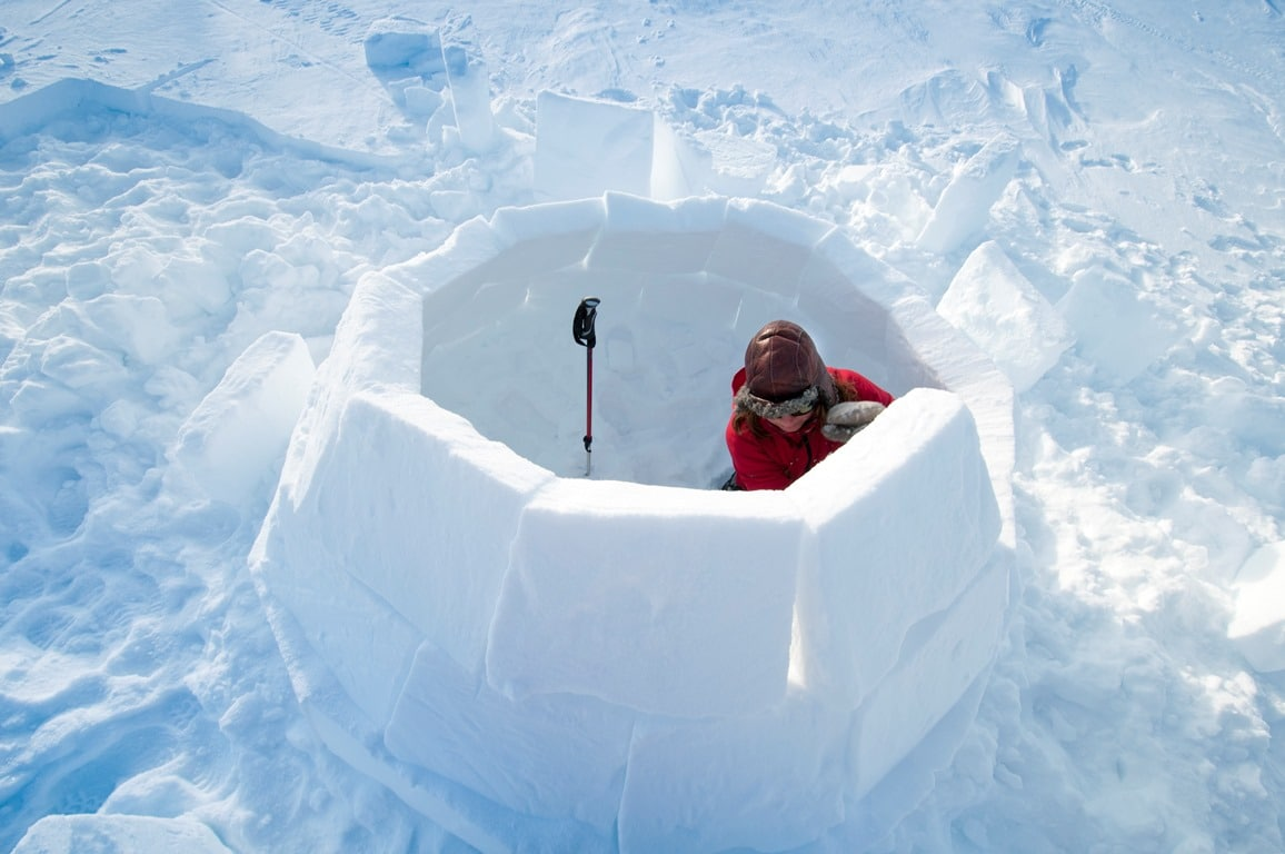 How to build an Igloo in Swedish Lapland